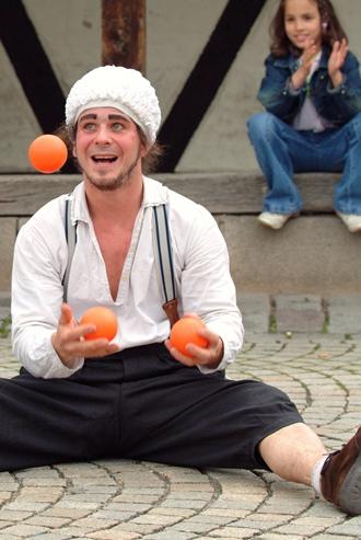 Klikusch beim Jonglieren