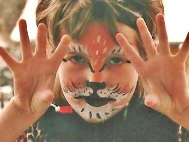 Kinderschminken beim Afrika-Festival Böblingen